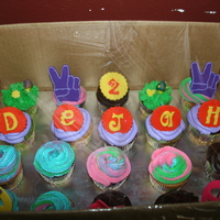 Hippy Cupcakes!! Done for my Lovely God-daughter's 2nd Birthday.