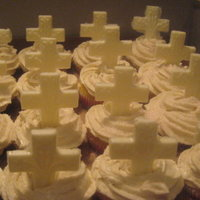Cross Cupcakes yellow and chocolate cupcakes with cooked buttercream and white chocolate crosses
