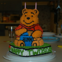 Pooh 2nd cake, first shaped pan cake.