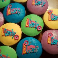 Icarly Theme Cupcakes