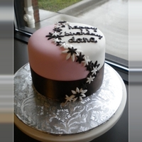 Brown And Pink Daisy Birthday Cake