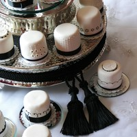 Timeless Elegance Black and White wedding minicakes