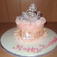 Olivia Small cake I made for my cousin's 4th birthday. I wanted to make a gum paste tiara, since she is a little princess! I played with the...
