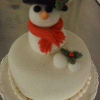 "Snowman Mini Christmas Cake This is another 3"" mini christmas cake for charity"
