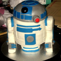 R2D2 Cake - Star Wars   Vanilla Sponge with Rasp Jam & Buttercream All Sponge cake