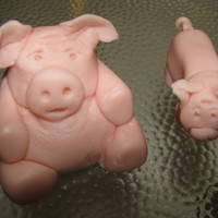 Mm Fondant Pigs I made these pigs from MM fondant for my grandaughters 1st birthday. One for the big cake and one for her individual cake. Her nursery was...