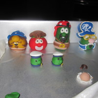 Veggietales Pirates That Don't Do Anything   characters for a cake