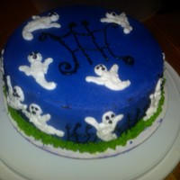 Halloween Ghost Cake small cake for Halloween...flying ghosts and gates