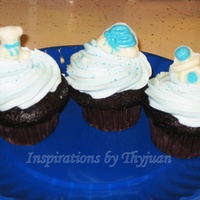 Baby Shower Cupcakes   These chocolate and vanilla cupcakes were a last minute request for a baby shower.