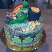 Anniversary On St Patricks Day Cake i made this cake for our 10th wedding anniversary, the leprechaun is modelled on my husband who loves to have a glass of guiness on st...