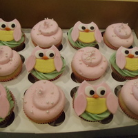 Owl Baby Shower Cupcakes   A Owl babyshower. Owls made to match a pillow out of a MMF/gumpaste mix