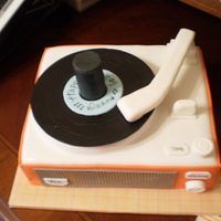Retro Record Player Made this cake for a friend who has an amazing collection of record players. Normally I only like cakes that look like cakes, but this may...