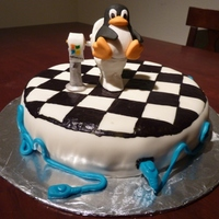 Linux Tux Penguin Cake I am still a newbie when it comes to making cakes but I really liked this one.For those of you that may have no idea who Tux is, he is the...