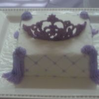 Tiara Sorry this is a little blurry. This is for my 3 year old princess. I made her a castle cake and I decided I would make her a tiara as well...