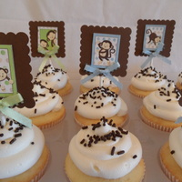 Lil Monkies Cupcakes for a baby shower. Making my own pics for cupcakes is my new favorite project. ;)