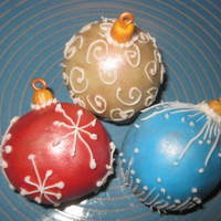 Christmas Decorations Just playing with this concept! Need to work on my piping skills!!