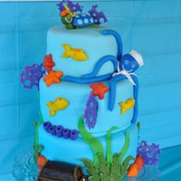 Under The Sea- Baby Einstein My sister found this cake by Mayen on Youtube and asked me to make it. Cake is covered in MMF with MMF accents and figures. The little...