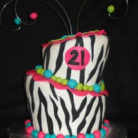 Topsy Turvy Zebra This was my first topsy turvy. All fondant decor. Thanks for looking!