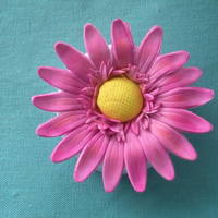 Daisy Day My first gumpaste daisy and first attempt with petal dust.