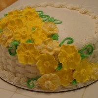 Daffodil Cake Daffodils are made of royal icing, basketweave and cake is in buttercream.