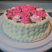Basket Weave Cake With Roses