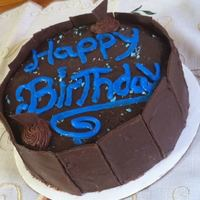 Chocolate Peanut Butter Cheese Cake -Bday cheese cake i decorated for someones birthday, they loved it, one layer is brownie and one layer is cheese cake