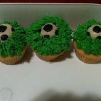 Soccer Cupcakes Soccer Ball is a gummy candy