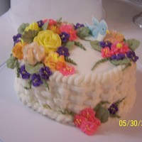 Humming Bird W/flowers Yellow cake, buttercream icing