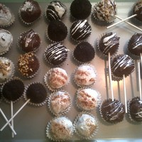 Cake Balls/cake Pops All cake balls are double choc. cake. left hand side are mint choc dipped in white and dark choc bottom 3 rolled in oreo. middle top choc...