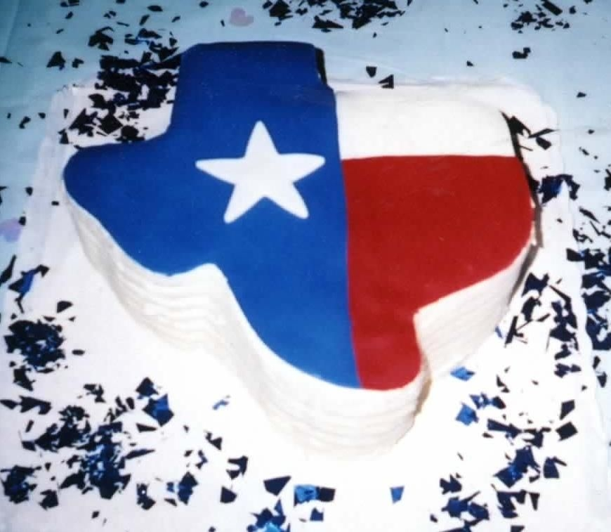 Texas_Cake.jpg   my first grooms cake. can you teel were i'm from. it was a blast.(fondant on a red velvet cake)thanx 4 lookin