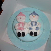 Snowman Christmas Cake I attended my first cake decorating course in September 2009 which ran until Christmas. It was something I'd fancied doing for years...