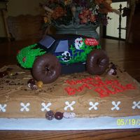 Grave Digger Monster Truck THIS IS GRAVE DIGGER FOR MY NEIGHBOR THAT WAS TURNING 6 YR OLD.