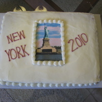 New York This was a cake for a friend to say thank you to her family for sending her on a trip with her high school group to New York City. She...