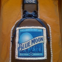 Blue Moon I made this Blue Moon Beer cake for a good friend.... used fondant and used a edible print out for the label.