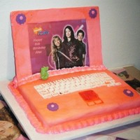 Icarly Laptop Cake I made this cake for my boyfriend's granddaughter's 5th birthday.... everyone loved it