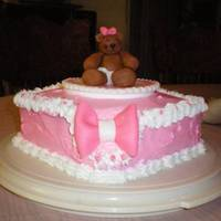 Bear-Y Pink! The bear and the bow are made of fondant (I love sculpting with rolled icing).