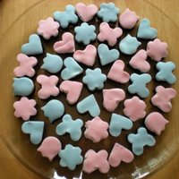 Chocolate Cake Bites Bite size chocolate cake pieces with marshmallow fluff and fondant topping