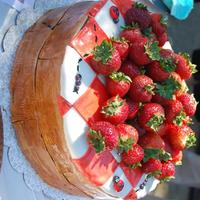 Picnic Cake chocolate cake with chocolate ganache and fresh strawberries, also topped with the strawberries - all details are mmf