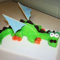 Dragon Cake   I got the idea for this cake from Family Fun magazine. My son loved it!