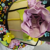 Summer Floral Fantasy This is a 6in stacked on an 8in. Both are vanilla & chocolate WASC in alternating layers w/dark chocolate & caramel ganache for...