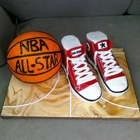Red Converse All-Stars This is my second attempt at 'Chuck Taylors' and a basketball; this cake was for a boy turning 10. I actually like these better...