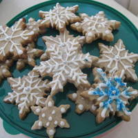 Snowflakes  Spice Snowflake Cookies with Glaze Icing for sugar cookies by Carmie00 on CC greatest glaze I have ever worked with to decorate cookies....