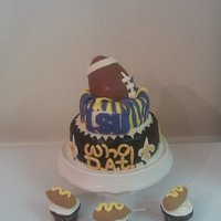 Football Cake  I made this cake for my sister's BF. He likes both the Saints and LSU. This ws inspired by all the wonderful cake ideas on CC! Oh I...