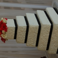 Black And White Wedding Cake the bride did not want fondant so I place black ribbon instead