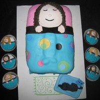Birthday Party- Sleepover Working with fondant is no easy task! :-) This cake was made for a sleepover birthday party!