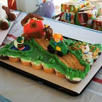 Farm Cupcakes In A Cake Layout...