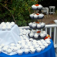 First Wedding Cupcakes
