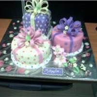 Gift Boxes   gift boxes made of fondant and gum paste bows