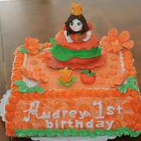 Pumpkin Princess   Buttercream cake with fondant topper figures