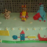 In The Night Garden   This was one of the 1st cakes i done, was my first time doing figures...didnt turn out too bad!
